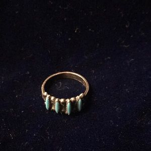 Jewelry - Vintage Zuni Petit Point Sterling Turquoise Ring